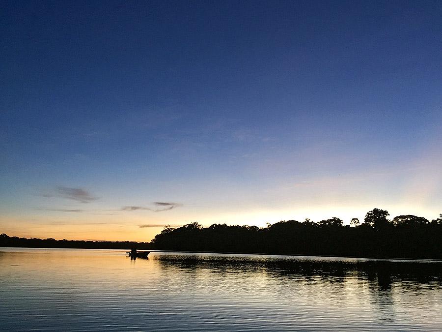 Озеро Сандовал в перуанской Амазонии