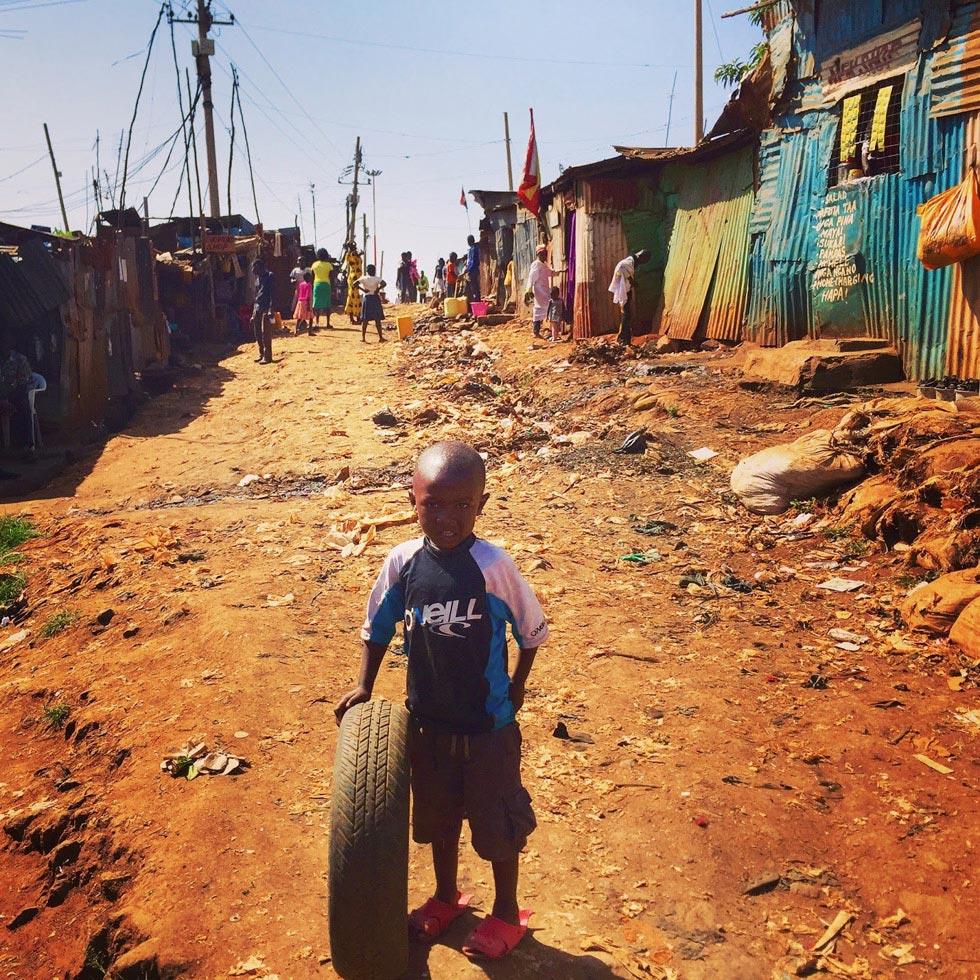 Это самые огромные трущобы в Африке и одни из самых больших в мире