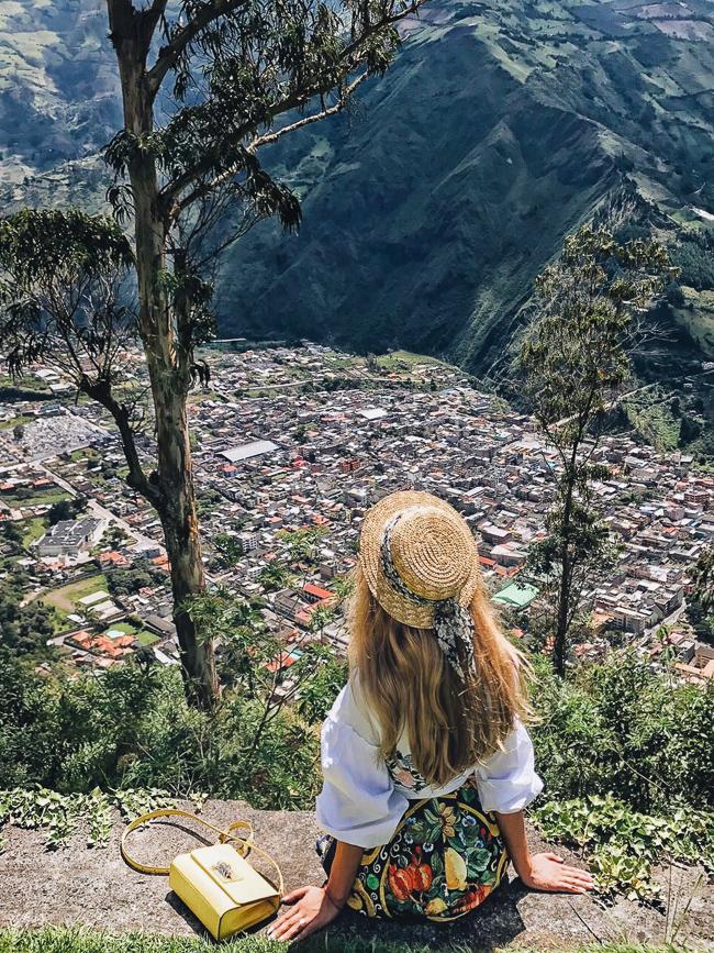 ecuador-girlsintravel-41