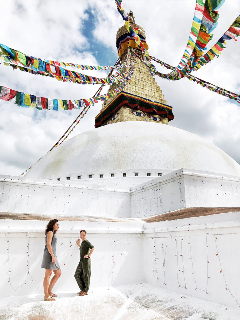 nepal-girlsintravel-1
