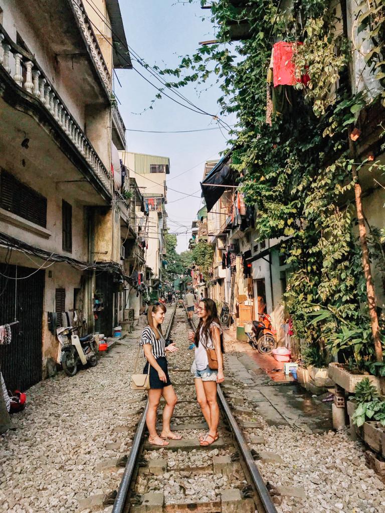 vietnam-girlsintravel-5