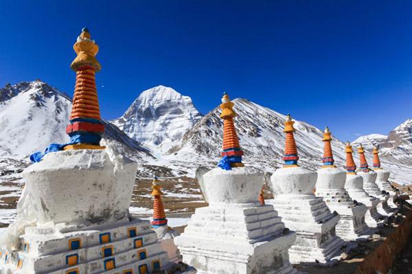 kailash-stupas-768x512